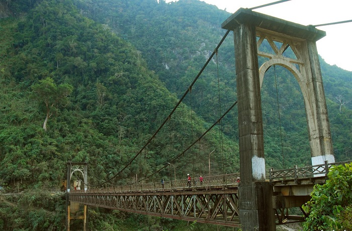 Hang Tom Bridge - a famous sightseeing place