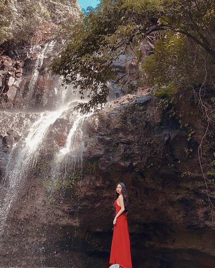 Luu Ly Waterfall - 'beautiful girl' in the middle of Dak Nong mountain forest
