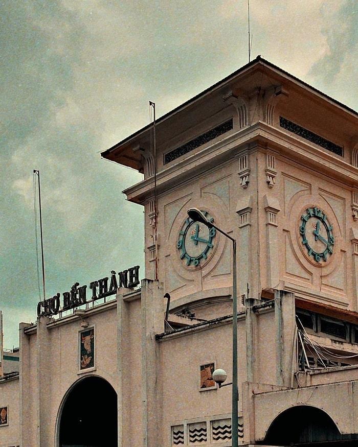 chợ Bến Thành - kiến trúc tháp đồng hồ