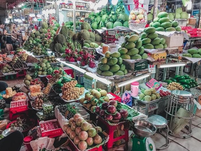 chợ Bến Thành - trái cây thu hút