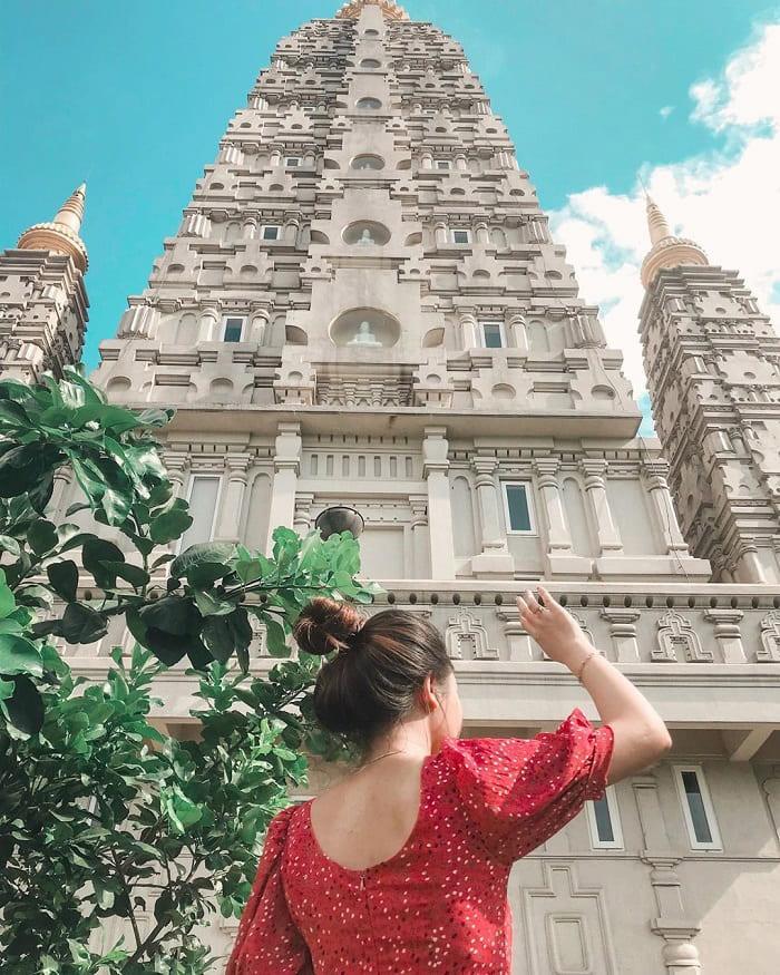 Huyen Khong Pagoda 1 in Hue - Dai Giac Stupa