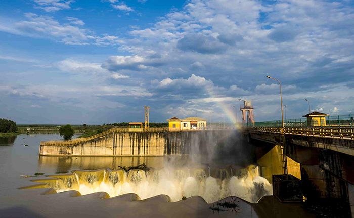 Check in đập Phước Hòa - Công trình thuỷ lợi hút khách tham quan ở Bình Phước