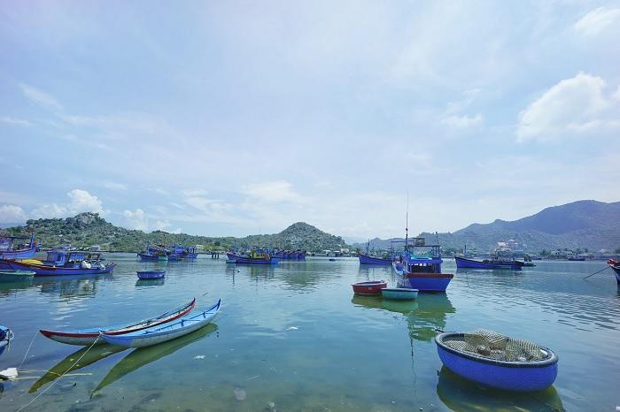 không gian thường ngày trên Đầm Nại Ninh Thuận