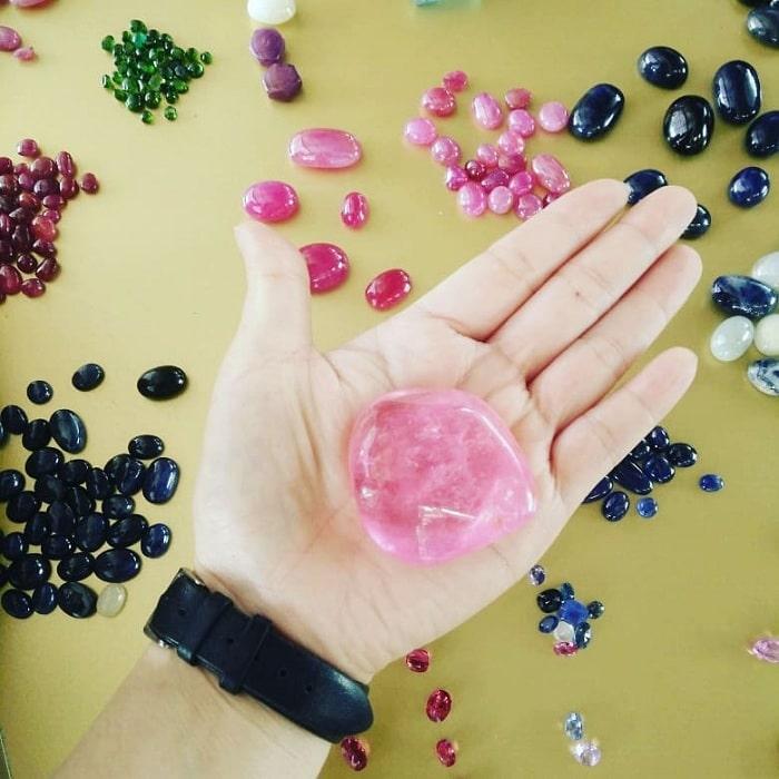Famous gemstones at Luc Yen Yen Bai gemstone market
