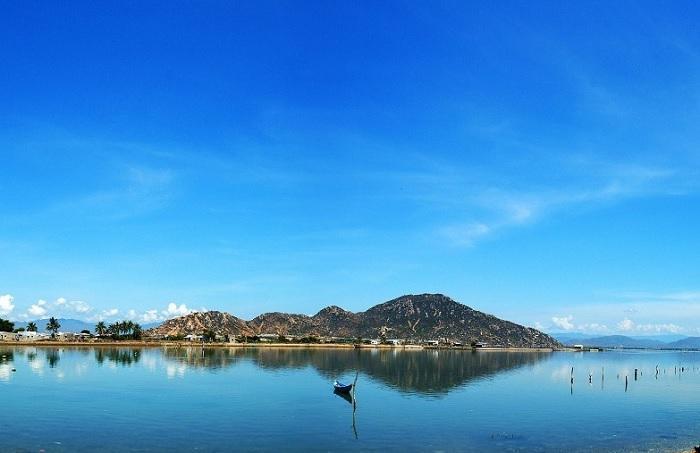 Đầm Nại Ninh Thuận - vẻ đẹp toàn cảnh của đầm
