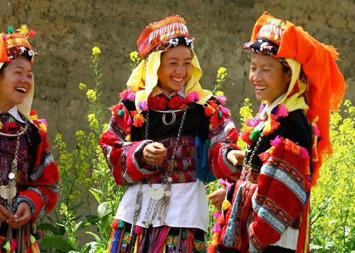 About the Vietnamese ethnic community - the Lo Lo girls