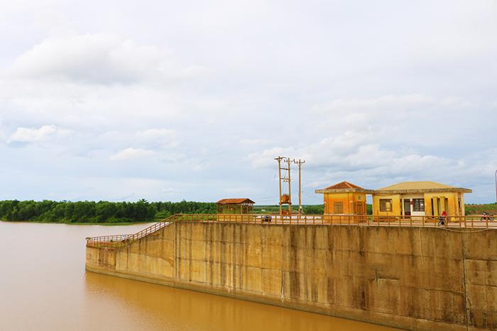 Check in đập Phước Hòa - có nhiệm vụ cải thiện môi trường và chất lượng nguồn nước