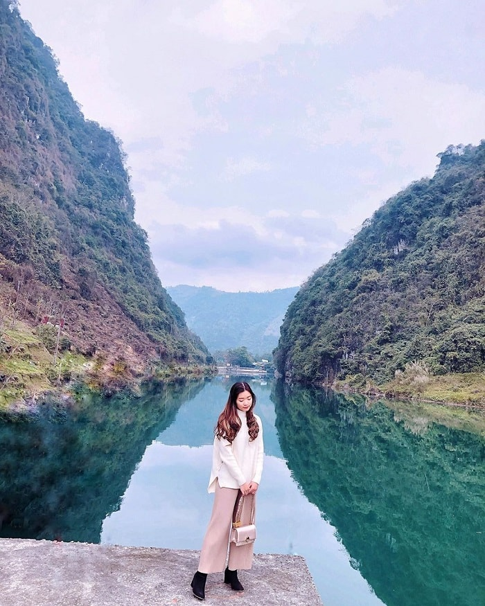 'Shocked' by the fairy beauty of the Nho Que Ha Giang river