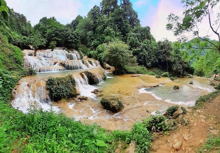 Du lịch thác Mây Thanh Hóa