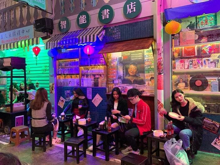 Hẻm phố Hong Kong Hạ Long - địa điểm vui chơi giải trí hấp dẫn