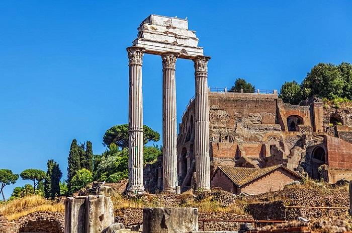 Đền Castor và Pollux - Quảng trường La Mã