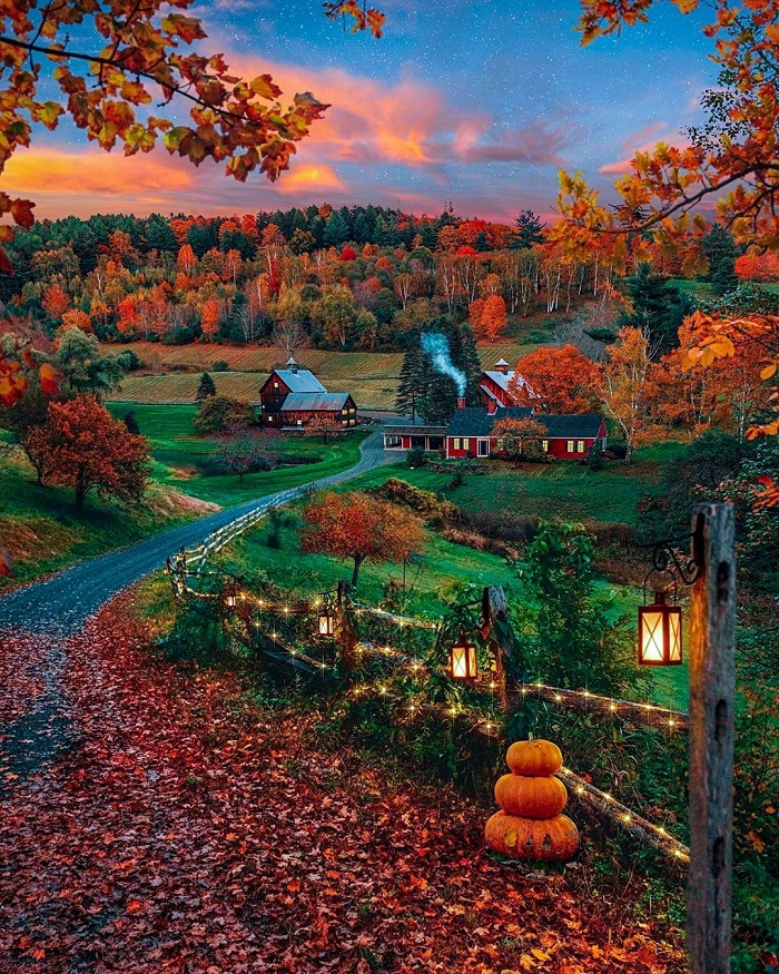 How beautiful is the scene of the United States in autumn