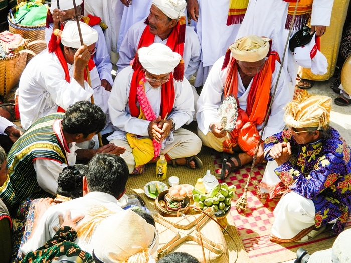 About the Vietnamese ethnic community - Cham Kate festival