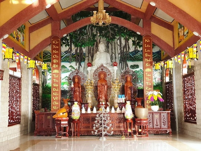 Hang Mai Pagoda - a famous sightseeing place in Dinh Mountain in Vung Tau