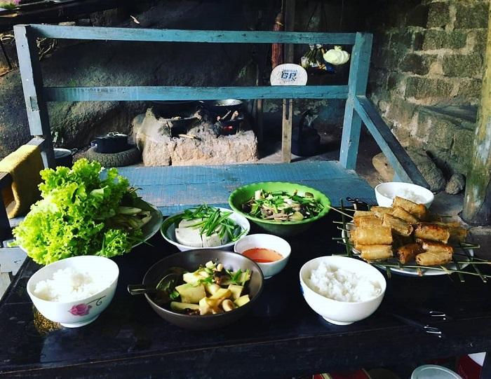 Vegetarian food in the mountain - Dinh Mountain Vung Tau