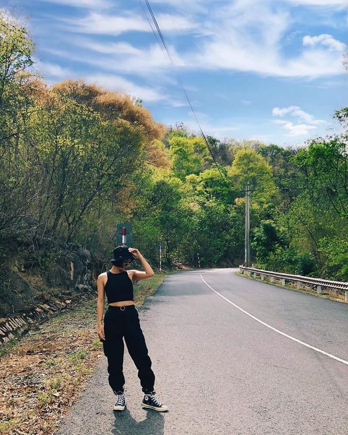 Mount Dinh Vung Tau - way to mountain