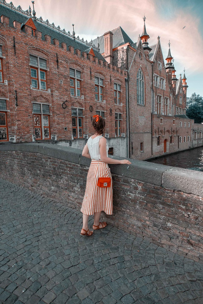 Dijver Mansions - địa điểm du lịch lãng mạn ở Bruges