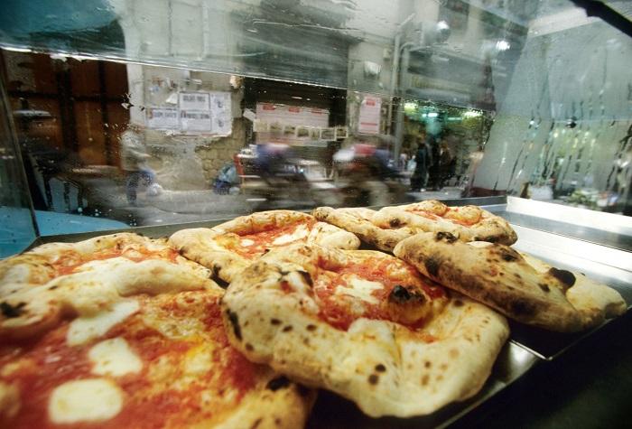 Tiệm bánh Di Matteo - Tìm hiểu về bánh Pizza Ý