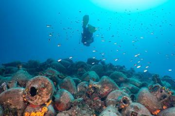 Con tàu đắm trở thành bảo tàng dưới nước ở Hy Lạp