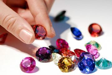 Những nét đẹp độc đáo và đắc sắc của chợ đá quý Lục Yên Yên Bái