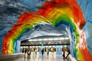 Những ga tàu điện ngầm lộng lẫy như không gian nghệ thuật