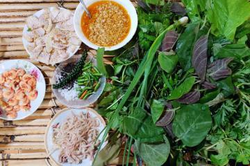 Gỏi lá Kon Tum - đặc sản Tây Nguyên ăn một lần 'nhớ thương cả đời'