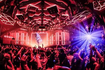 'Quẩy' xuyên màn đêm tại những quán bar nổi tiếng ở Singapore