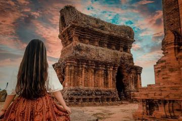 Những tháp Chăm nổi tiếng ở Việt Nam kiến trúc đẹp, 'sống ảo' cực chuẩn