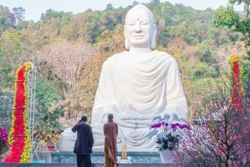 Bình yên về dưới mái chùa Phật Quang Bà Rịa - Vũng Tàu