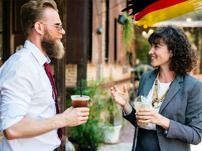 Use compliments in German communication