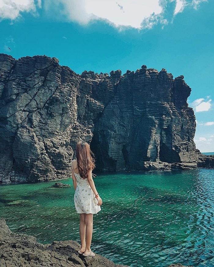 Bãi Nhỏ - Gành Hang – 'nàng công chúa ngủ quên' của đảo ngọc Phú Quý