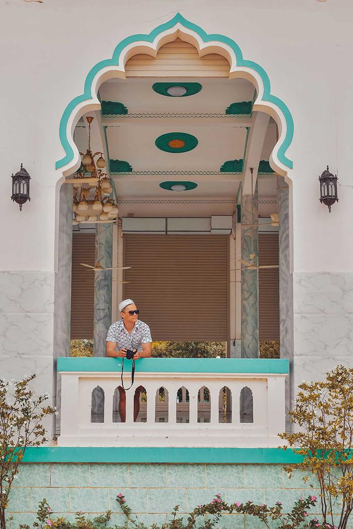 Check in Masjid Jamiul Azhar Mosque - Attractive beauty