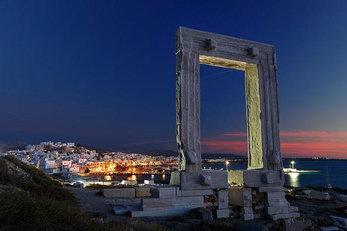 Ghé thăm đền thờ Apollo -  Du lịch đảo Naxos Hy Lạp