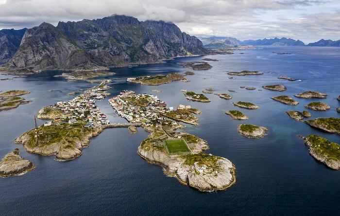Henningsvaer - Quần đảo Lofoten