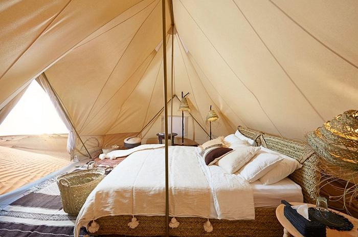 Một phòng nghỉ trong khu cắm trại Ẩ Rập - trải nghiệm cắm trại Ả Rập