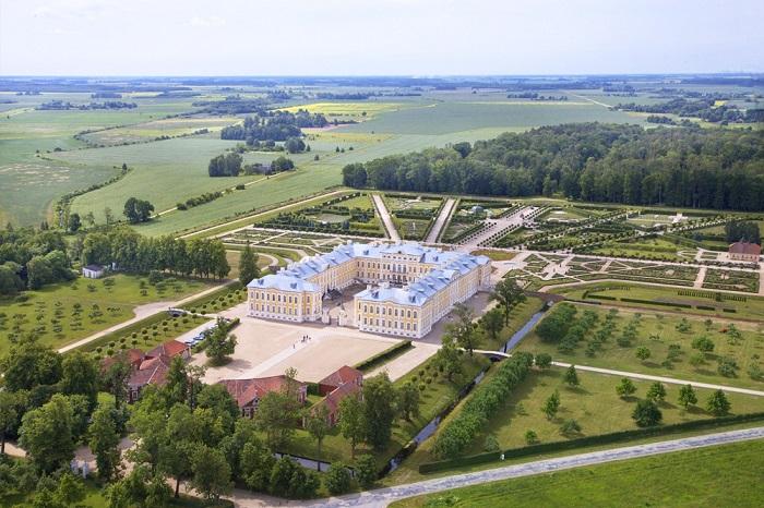 Cung điện Rundale - Kinh nghiệm du lịch Latvia