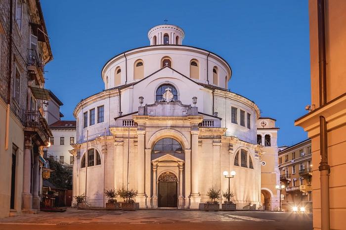 Nhà thờ St. Vitus - Điểm đến ở Rijeka - Điểm đến ở Rijeka