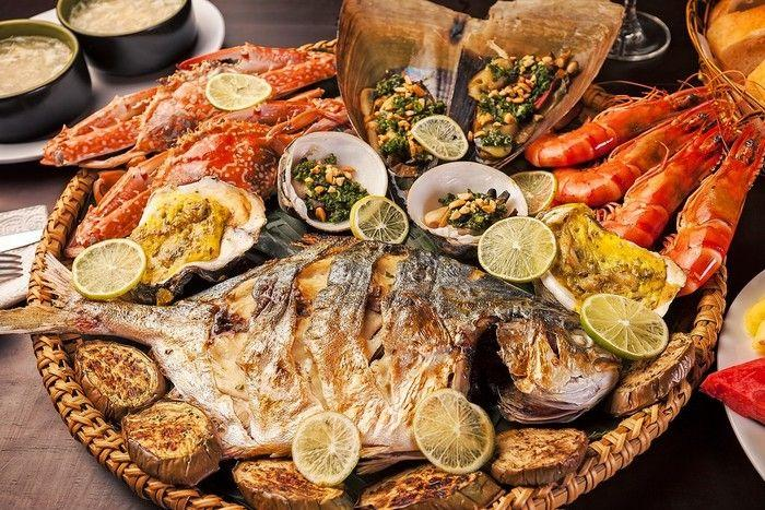 What to eat when coming to Nha Trang's Nhu Tien beach?