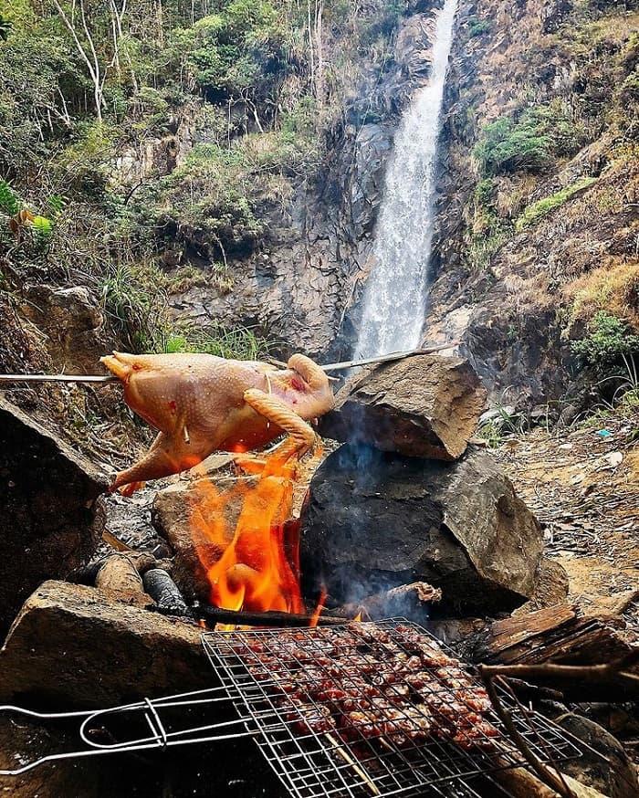What to eat when coming to Ta Gu waterfall in Khanh Hoa?