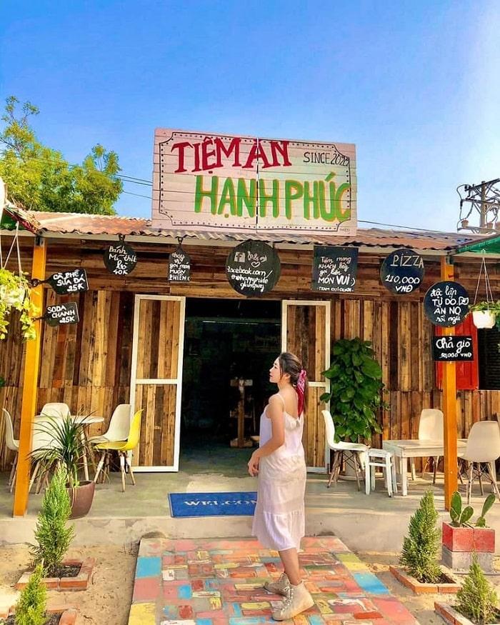 The Happy Ride Homestay - một trong những homestay đẹp ở Mũi Né