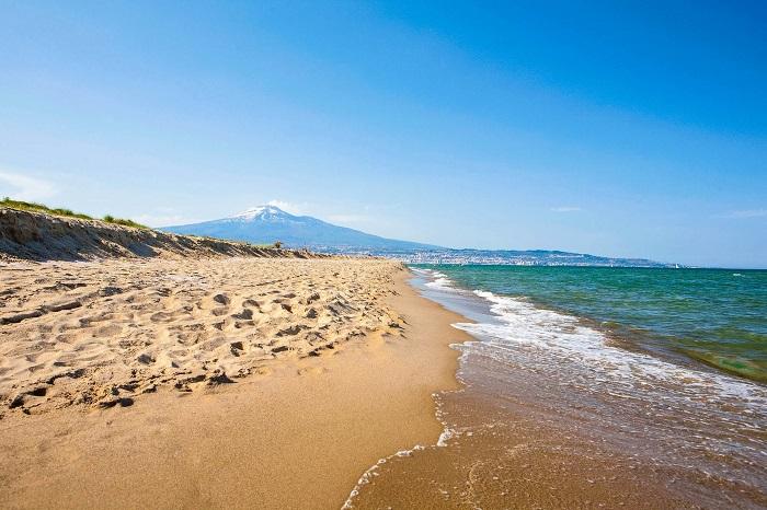 Bãi biển ở Catania -  Du lịch Catania