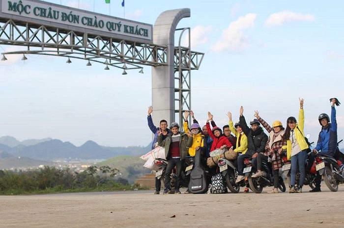 đường đến khu du lịch núi Mộc