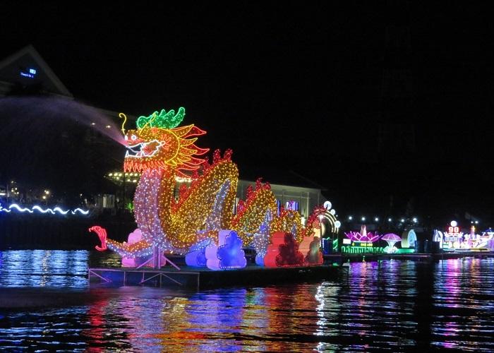 Các lễ hội ở Cần Thơ  -Lễ hội hoa đăng Cần Thơ