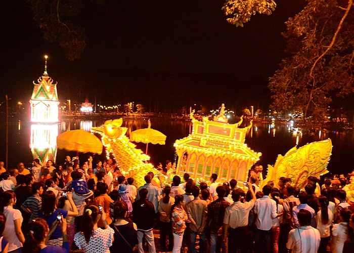 Các lễ hội ở Cần Thơ  - Lễ hội Ok Om Bok