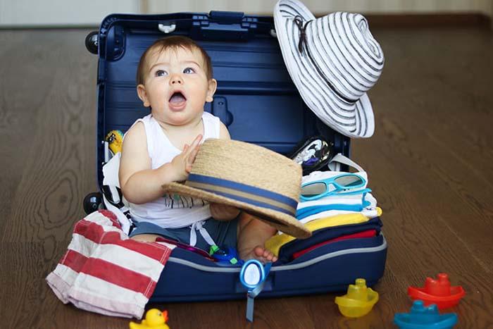 Có nên cho trẻ đi du lịch hay không - Cần chuẩn bị những gì