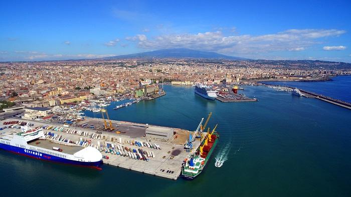 Cảng ở Catania -  Du lịch Catania