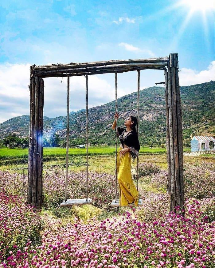 Di chuyển đến phim trường Du Long Ninh Thuận