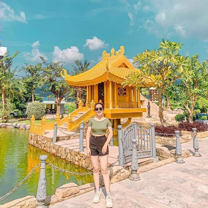 One Pillar Pagoda in Da Nang World Wonders Park