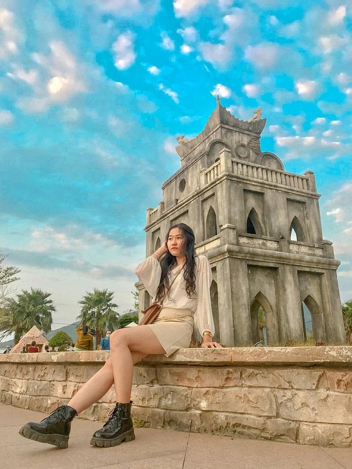 Turtle Tower in Da Nang World Wonders Park