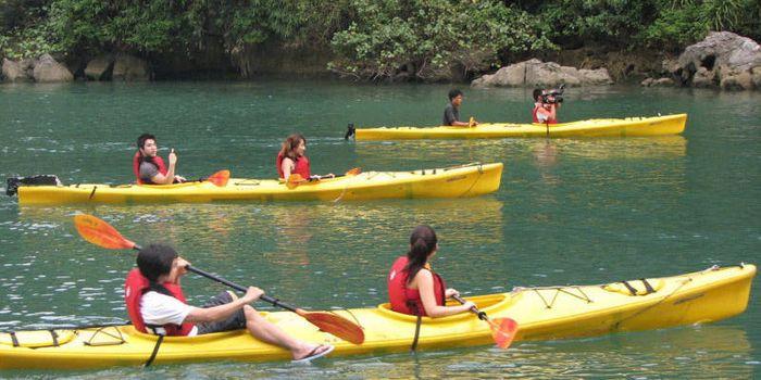 Kayaking in Nhan Tam eco-zone